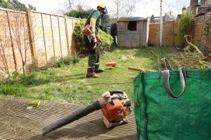 Garden maintenance in Hoppers Crossing